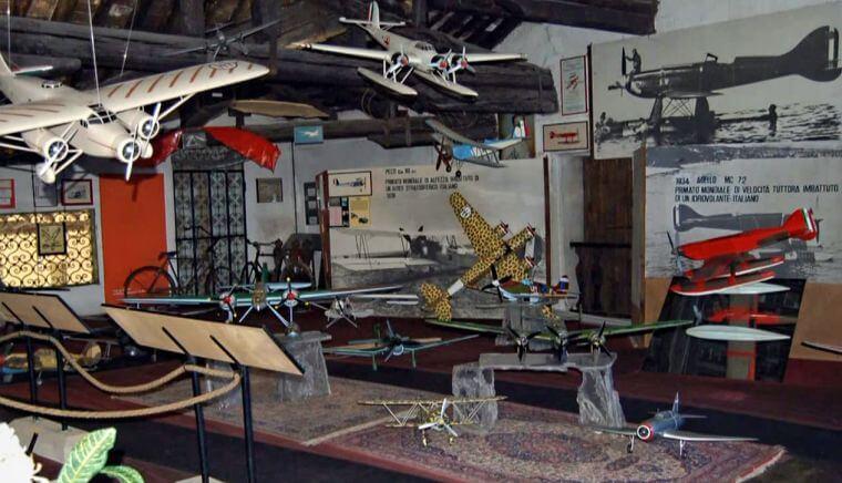 Castello di San Pelagio Museo del Volo interno